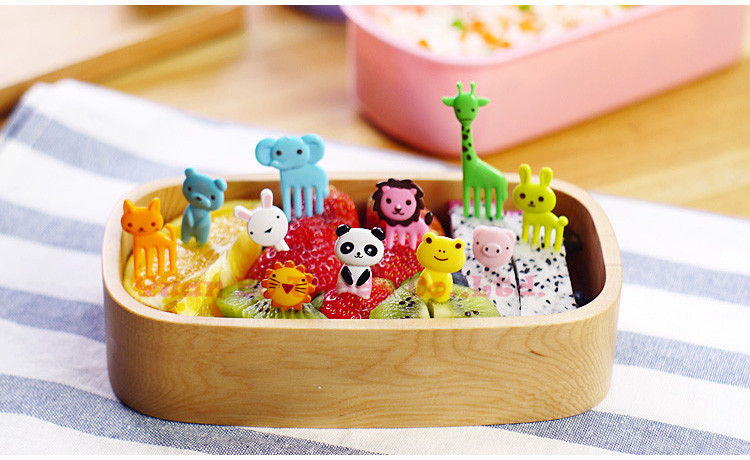 10pcs/pack Animal Farm Fruit Fork Mini Cartoon Children Snack Cake Dessert Food Fruit Pick Toothpick Lunches Party Decor